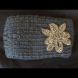 Accessories - Gorgeous Nostalgic styled Ear warmers